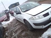 Запчасти Renault разборка Renault шрот запчастини автозапчастини